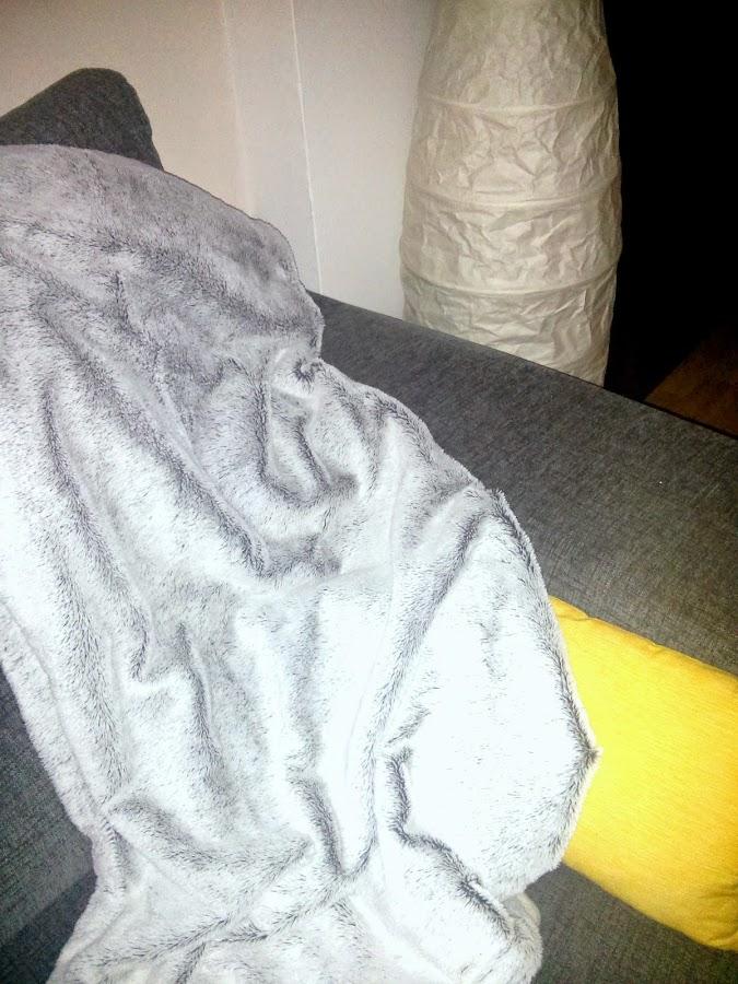 Mi manta decorativa y caliente