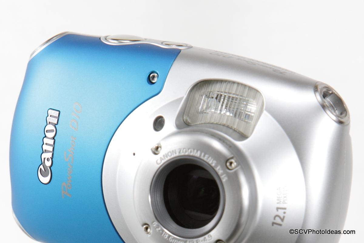 Canon PowerShot D10 Camera flash and AF assist lamp