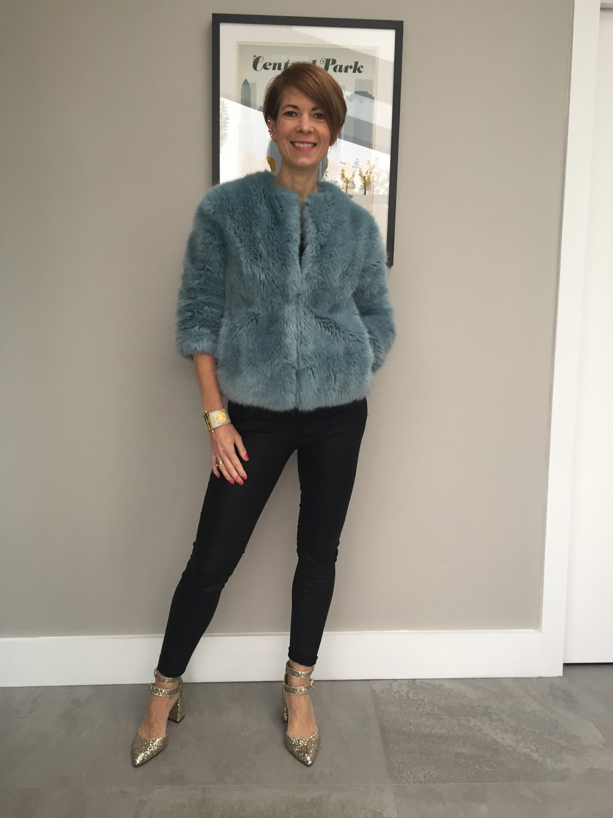 The tale of the Fur coat and its changing colour…