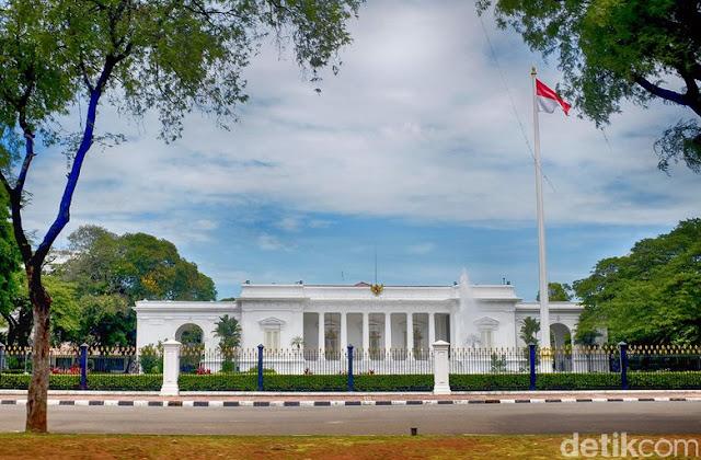 Istana soal Undangan Via WA: Fadli Zon Seperti Ketinggalan Zaman