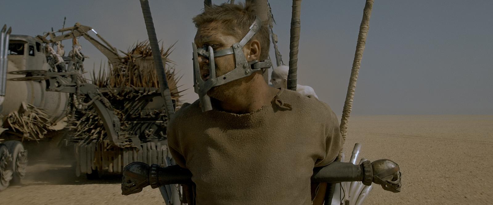 Mad Max: Furia en el Camino (2015) 4K UHD [HDR] Latino - Castellano - Ingles captura 1