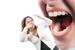 Cara Efektif Mengatasi Bau Mulut Karena Gigi Berlubang