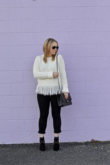 fringe-hem-sweater-outfit