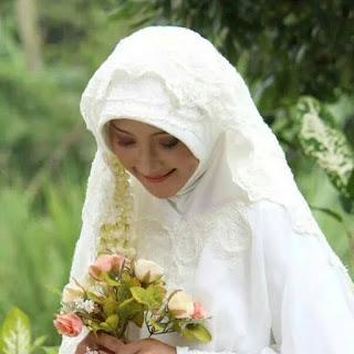 Nasehat Untuk Wanita Yang Sedang Jatuh Cinta