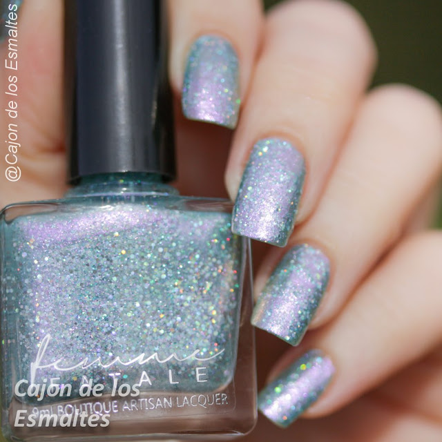 Esmaltes Femme Fatale - Mirror mirror on the wall