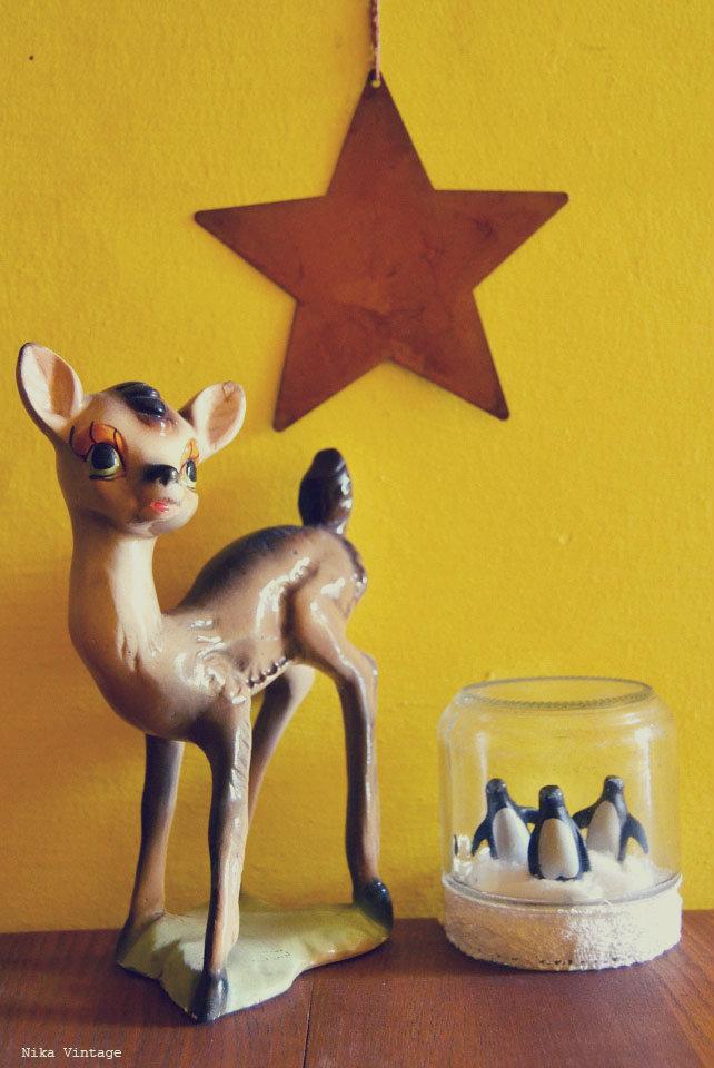 belen cabezones, belen vintage, figuras de belen  años 60, nacimiento vintage, decoracion navidad, decoracion navideña, reyes magos, caja lata, copo, bote con pinguinos, bambi
