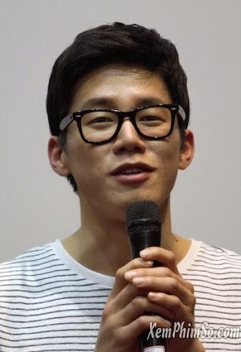 Kim Moo Yul