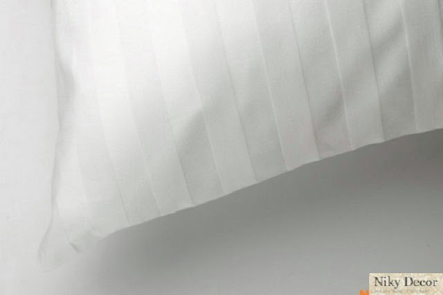 Lenjerii de pat albe hotel - Lenjerie pat damasc satinat pret