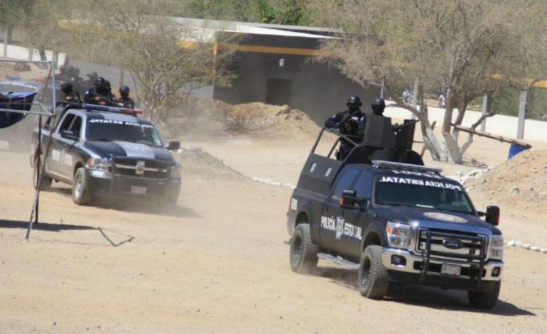 Grupo armado descabeza a hombre frente a su familia en Concordia, Sinaloa
