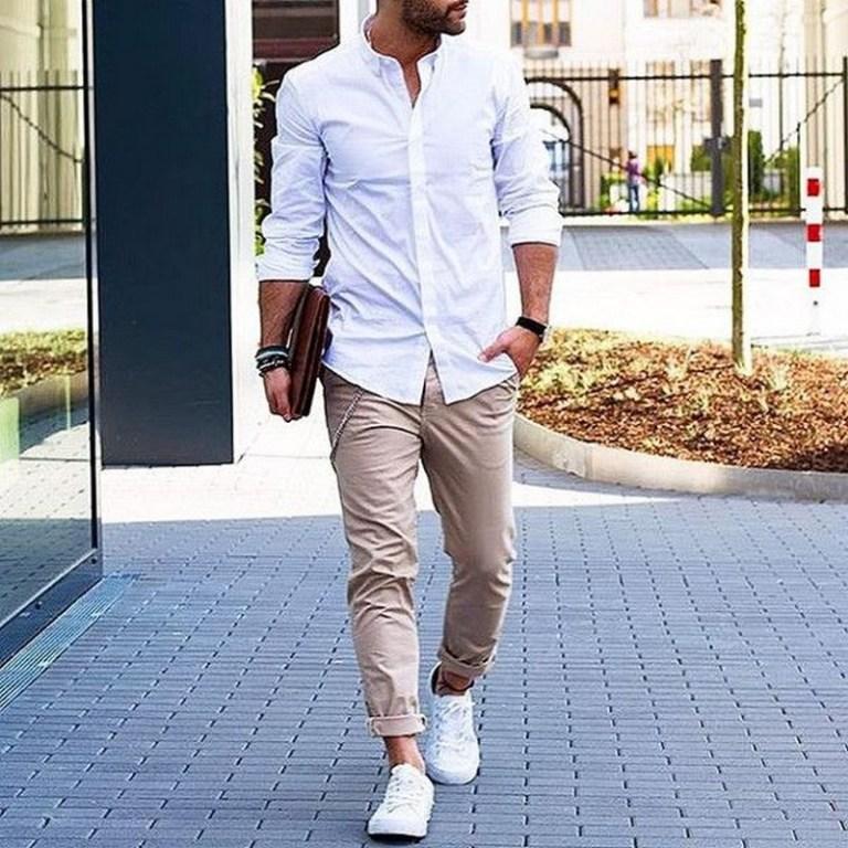 8 Cara Memakai Sepatu Sneakers untuk Pria - Baju Cowok ID