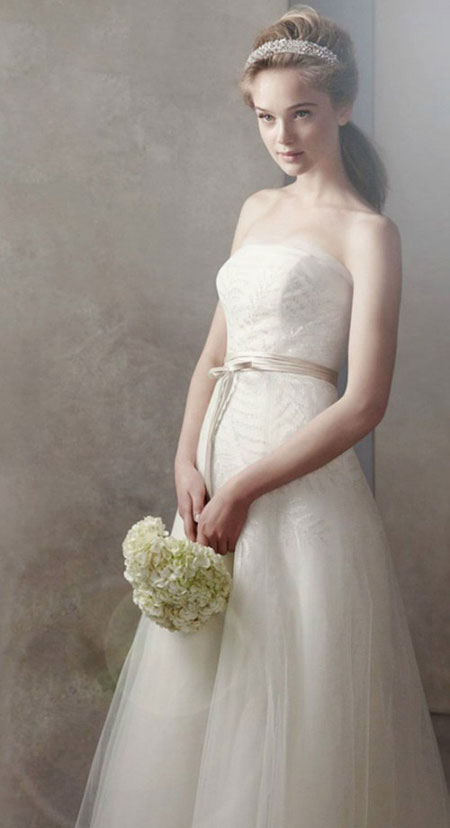 6fd589d2453 Vera Wang s White Bridal Fall 2011-2012 Fashion Collection – White Bridal –  Latest Vera Wang s Bridal Trends 2012 For Women  Vera Wang wedding gowns  often ...