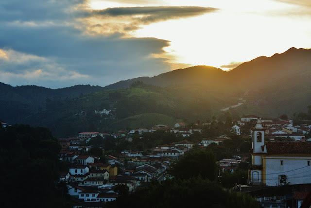 Pôr do Sol do adro da Igreja Nossa Senhora de Paula
