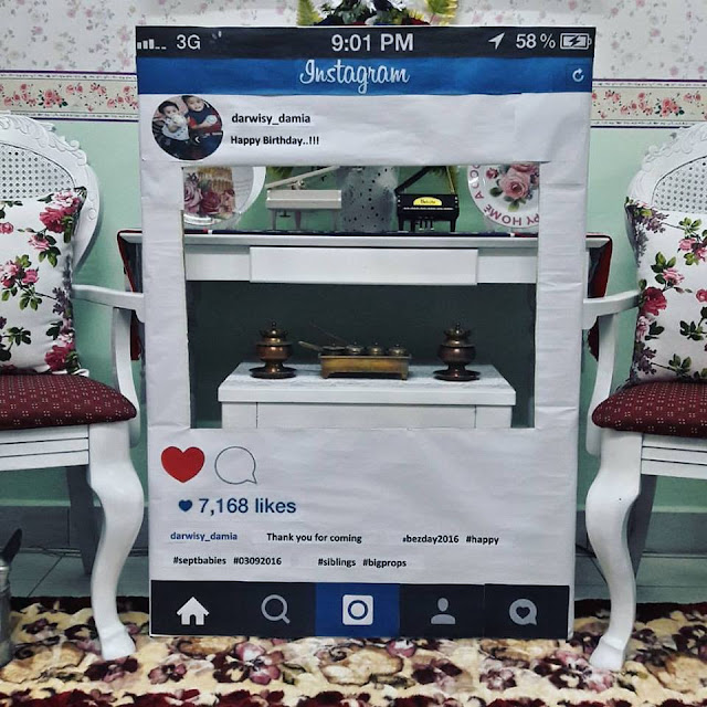 Wordless Wednesday #642...Prop Photobooth Instagram Besday Darwisy Dan Damia