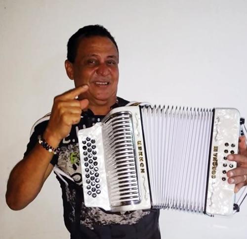 Lyrics de Miguel Herrera