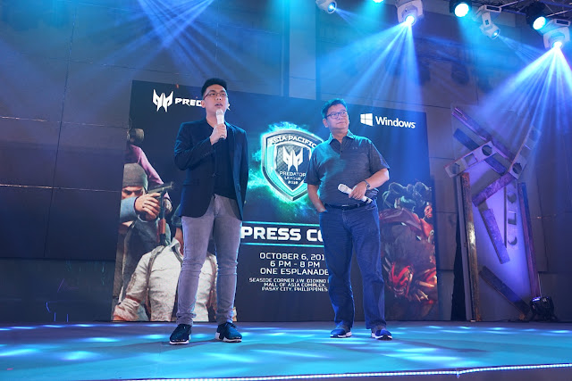 TNC Pro Team Manager, Jim Paulo Sy and Acer Philippines Managing Director, Manuel Wong