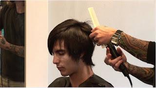 طريقة تنعيم الشعر الخشن للرجال