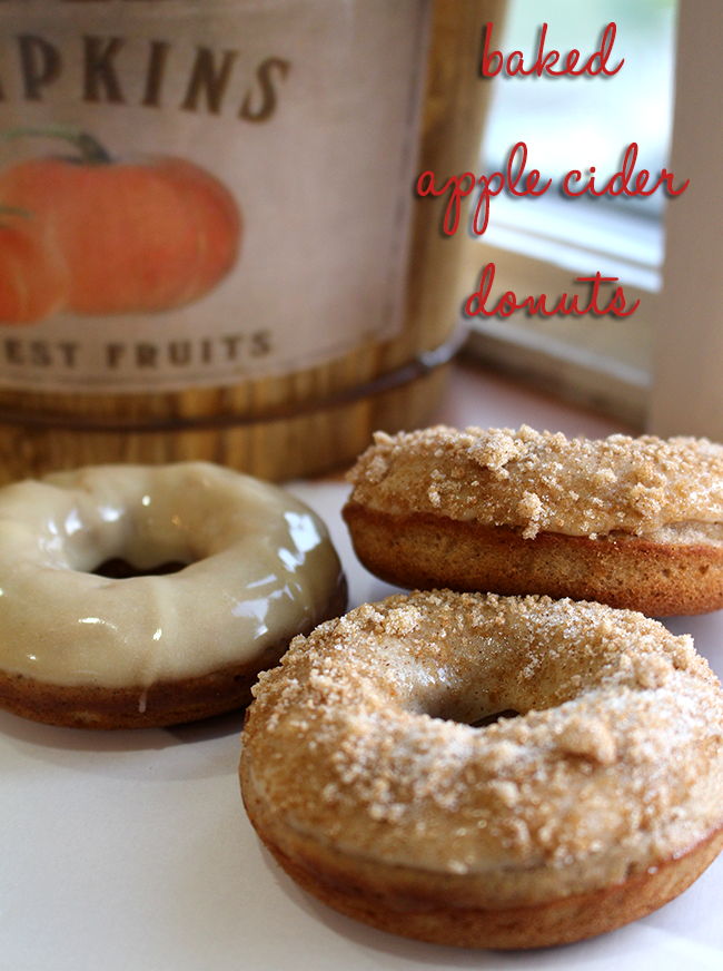 Baked Apple Cider Donuts // A Style Caddy