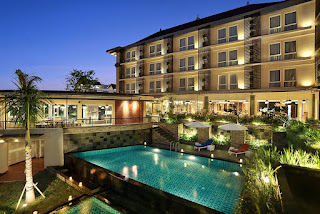 "Job Vacancies ""Accounting, FB Service"" at Golden Tulip Essential in Denpasar"