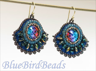 earrings with cabochon