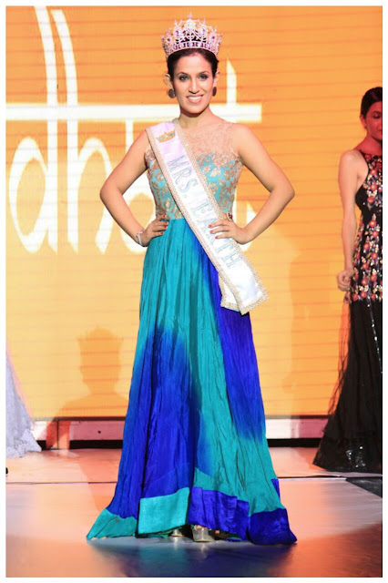 Mrs. Earth 2016 Priyanka Khurana Goyal walks the ramp as showstopper at Navi Mumbai Fashion Week