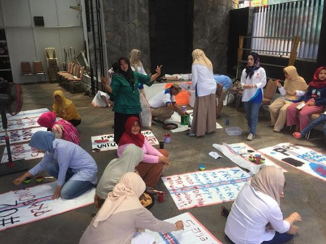 Pengakuan Prabowo: Jangankan Memberi Uang, Mencetak Atribut Kampanye Saja Susah