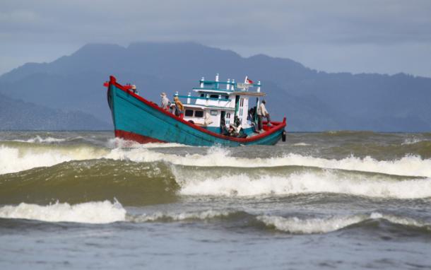 Akan Ada Gelombang Tinggi di Perairan Ketapang dan Selat Karimata, Masyarakat Diminta Waspada