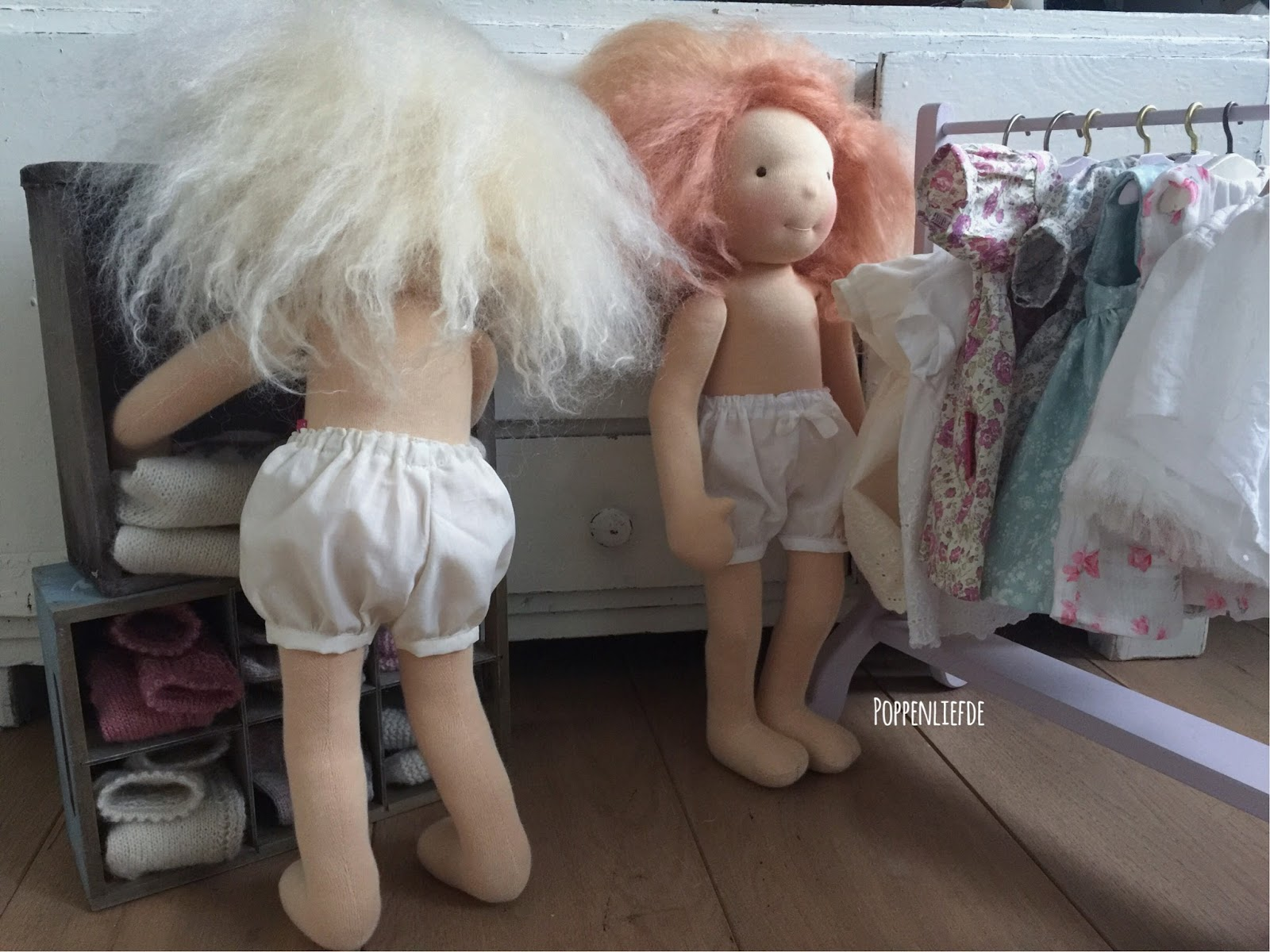 Poppenliefde dolls Florence and Louna