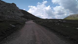 Inicio del tramo de cemento cercano a la cima de Sahún