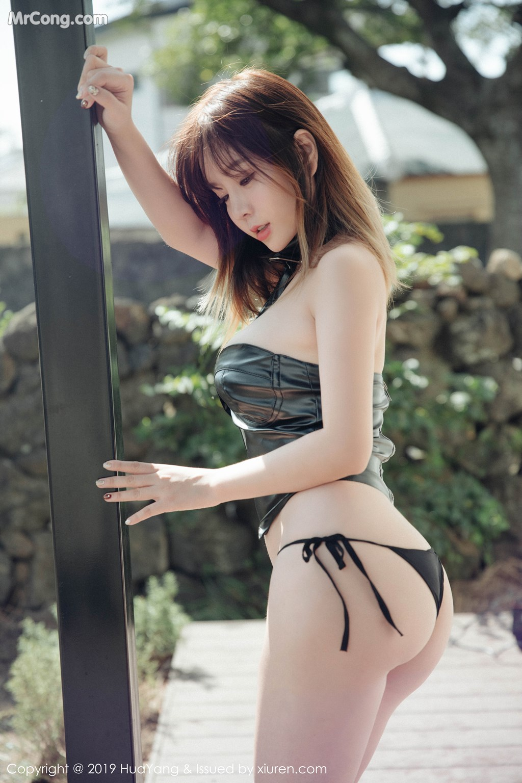 Image HuaYang-2019-03-21-Vol.124-Wang-Yu-Chun-MrCong.com-004 in post HuaYang 2019-03-21 Vol.124: Wang Yu Chun (王雨纯) (44 ảnh)