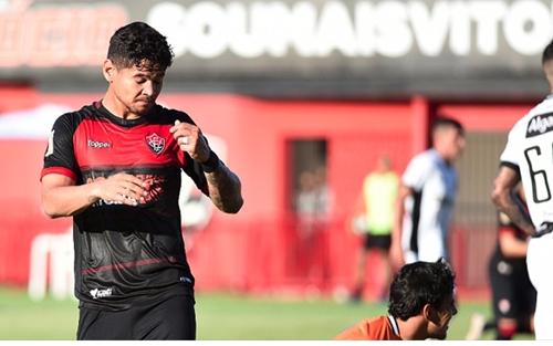 Vitória empata com o Ceará