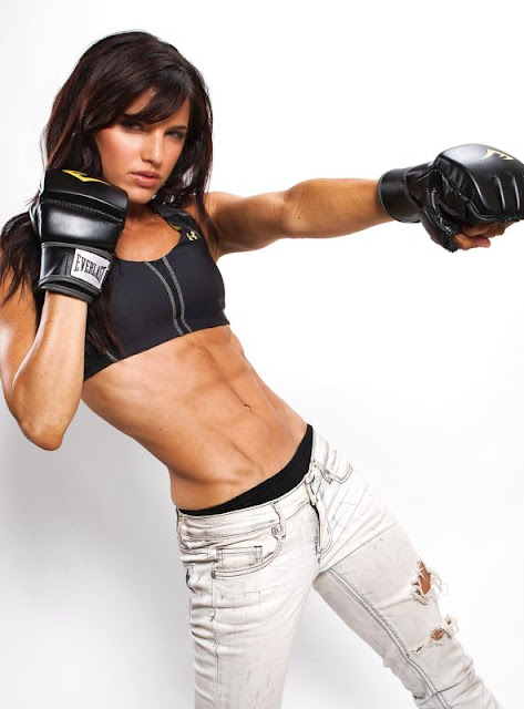 Rachele Brooke Smith - Beautiful Fitness