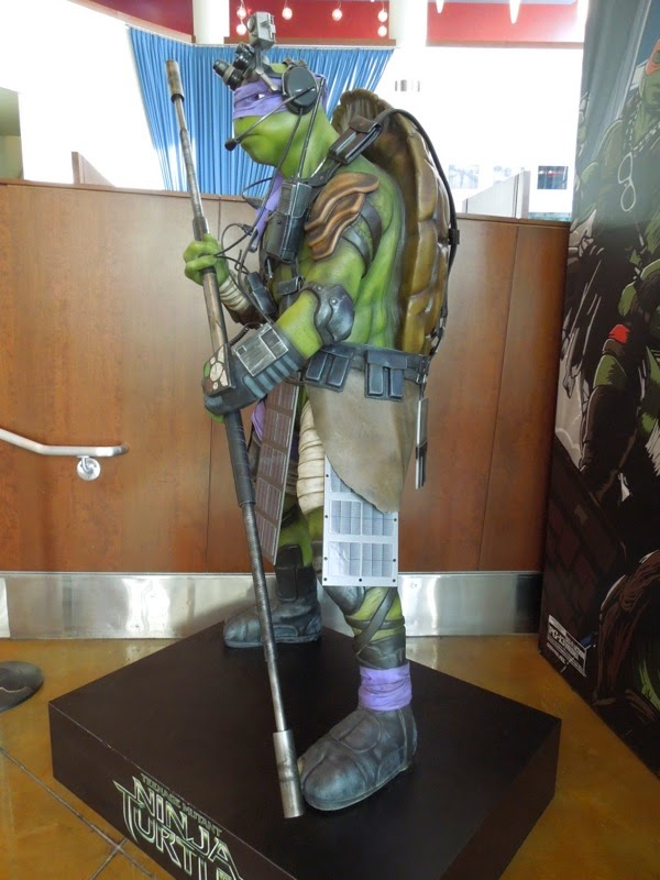Donatello Teenage Mutant Ninja Turtles statue