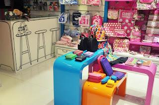 projeto arquitetura de loja papelaria shopping balcão caixa