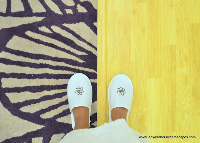 Royal Continental Hotel Dubai slippers