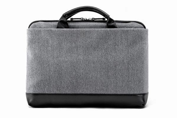 BooqBags: Cobra Slim Laptop Brief