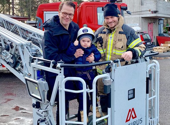 Swedish Prince Daniel and his son Prince Oscar visited Brännkyrka brandstation in Älvsjö