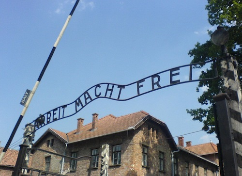 blacksmith Jan Liwacz made arbeit macht free sign at Auschwitz