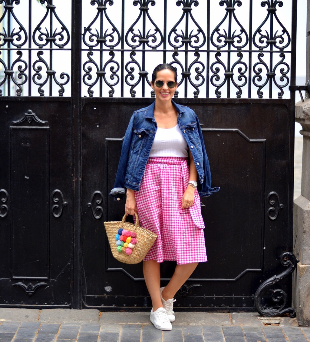 pink-vichy-skirt-outfit