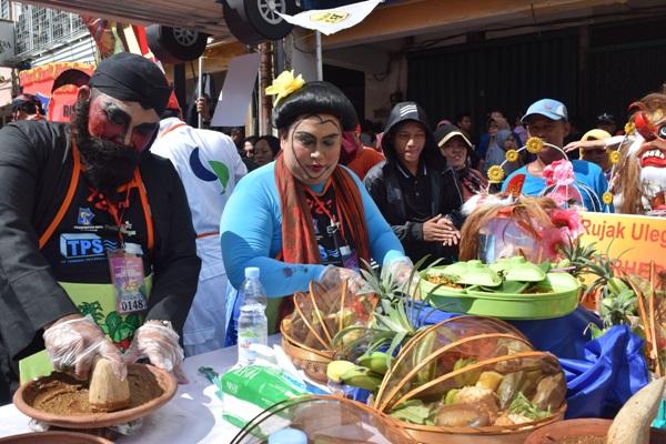 Makanan wajib coba di Surabaya