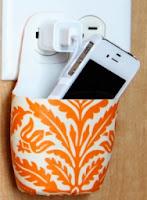 http://translate.googleusercontent.com/translate_c?depth=1&hl=es&rurl=translate.google.es&sl=en&tl=es&u=http://www.makeit-loveit.com/2011/12/holder-for-charging-cell-phone-made-from-lotion-bottle.html&usg=ALkJrhg6N_qj1jkZAW-F2hH08yWdbH9ulA