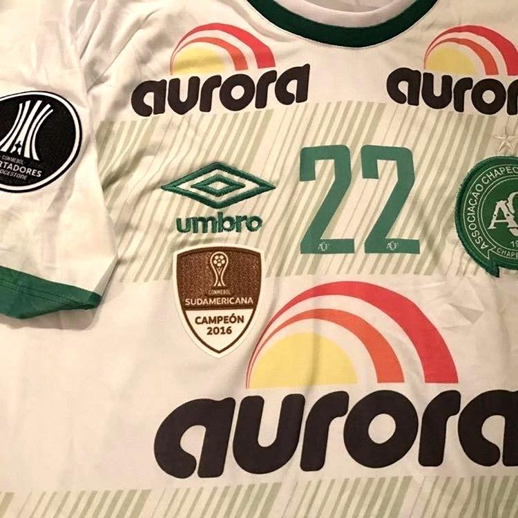 Chapecoense divulga a camisa de estreia na Libertadores - Show de ... 0d65924115f63