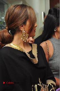 Bollywood Actress Sana Khan Launches Aakrithi Exibition  0085.JPG