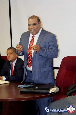 Babado Torres apoya la lucha de los defensores públicos