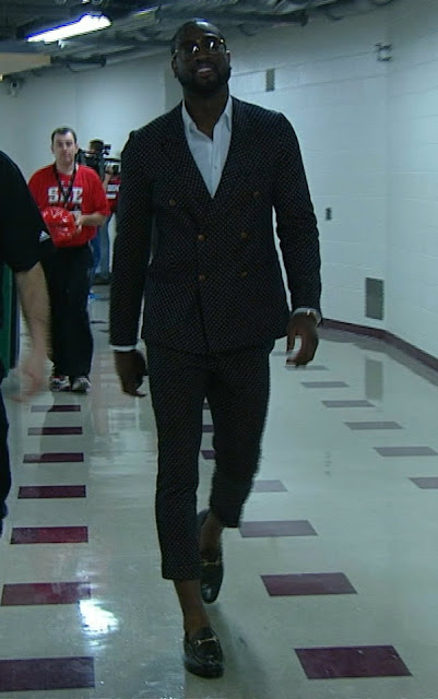 Dwayne Wades Polka Dotted Suit On Capri Pant Hot Or Not