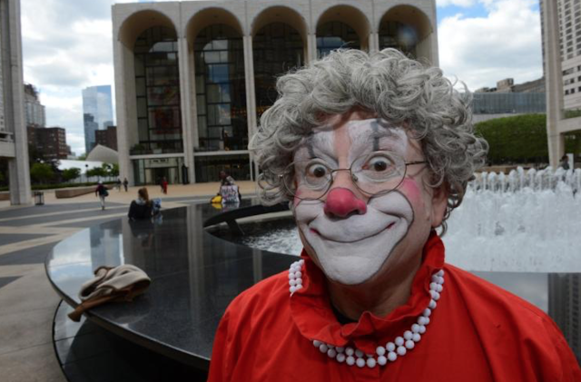 """Grandma the Clown"" admits to pressuring teen to take pornographic photos, resigns from circus: report"