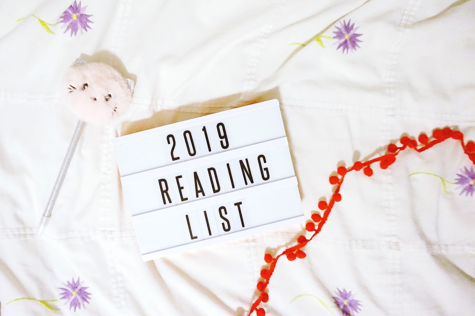 books, reading list, 2019 reading list, lightbox