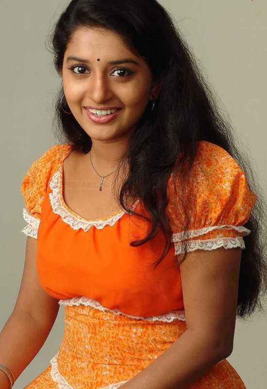South Actress Meera Jasmine