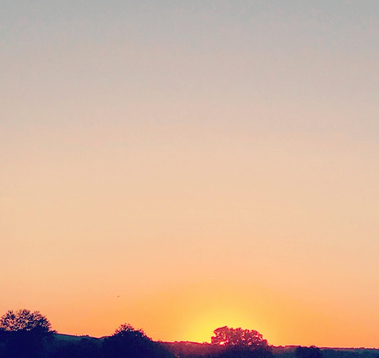 Photo prise d'un beau coucher de soleil