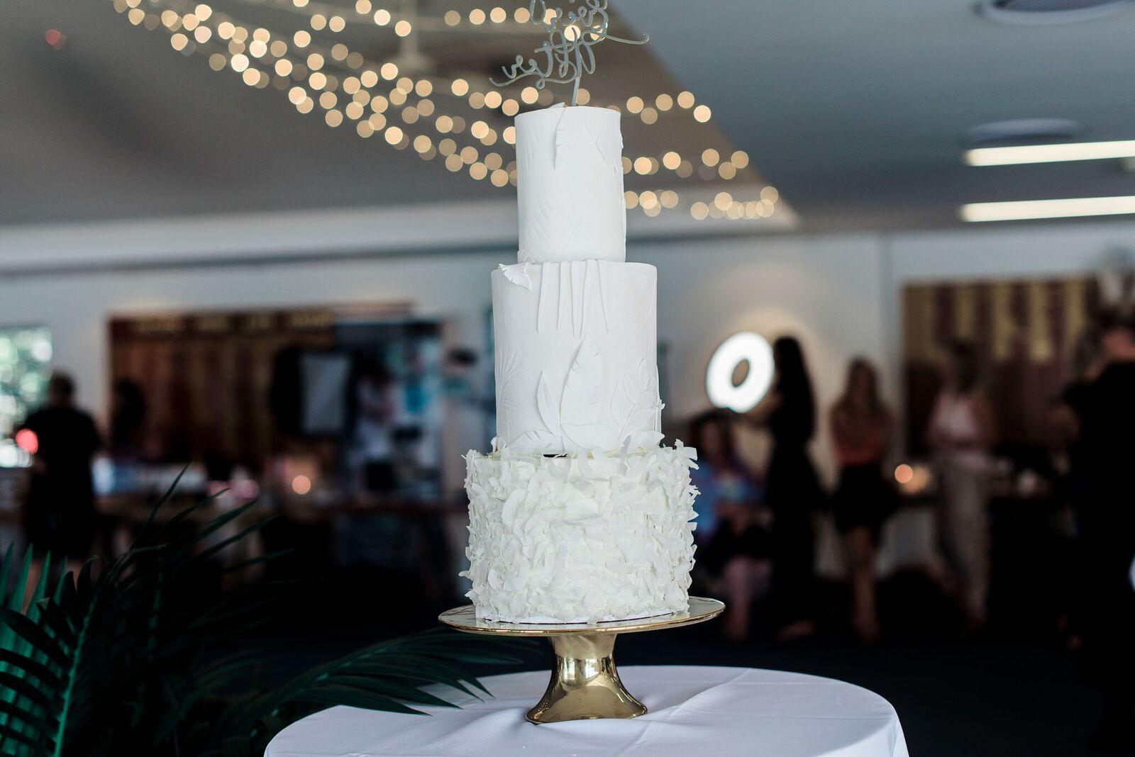 GOLD COAST WEDDING CAKE BAKED GC