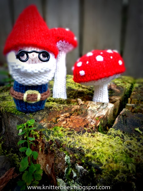 Knitterbees Mr Gnome And Mushroom Plush Toy